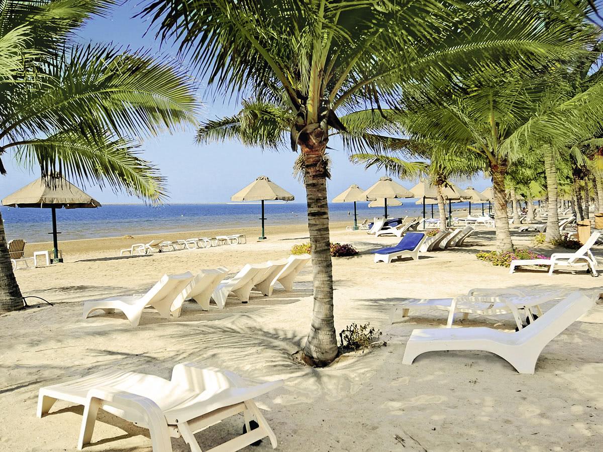 Beach Resort by Bin Majid