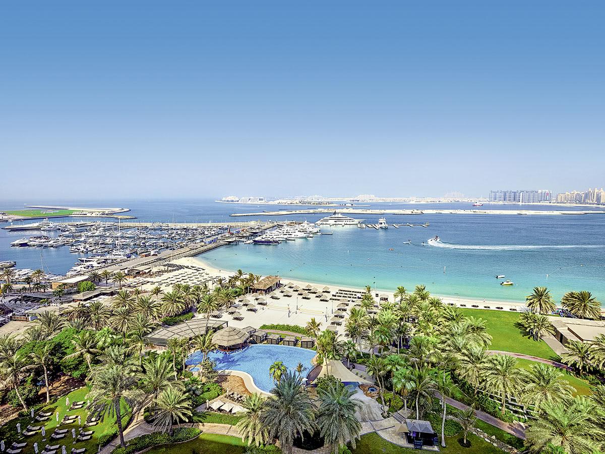 Le Méridien Mina Seyahi Beach Resort Marina