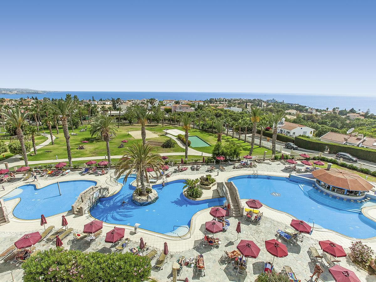 Horizon Crown Resort