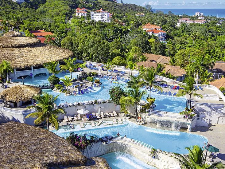 Cofresi Hotel & Club